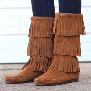 Minnetonka 3 Layer Fringe Suede Boots